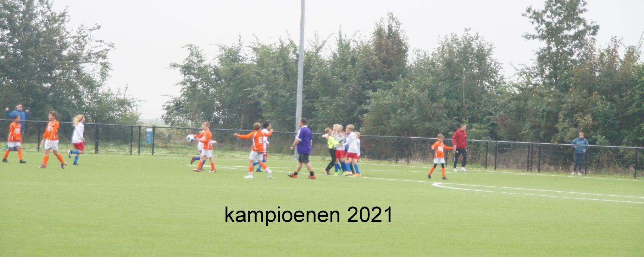 Fotoreportage Corenos JO12 - FC Lewenborg JO12
